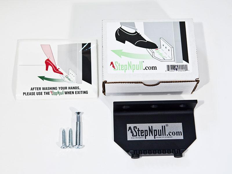 StepNpull Black Packaging